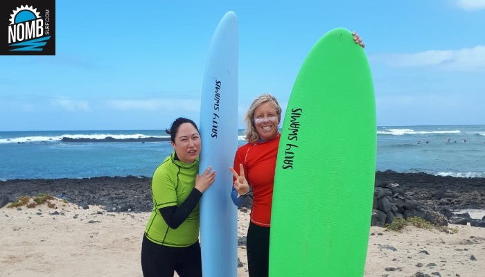 Head surfcoach Angie and NOMB Surfer Julia